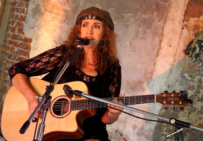 Anne Haigis: Carry on – Songs für immer